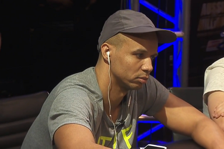 Phil Ivey's Huge All-in on the River